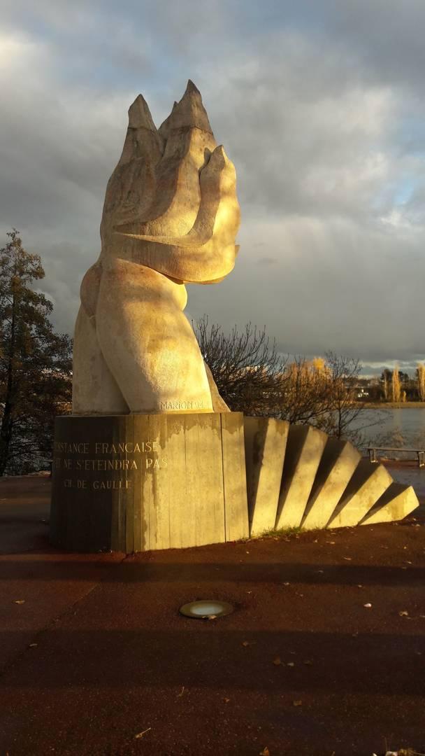 Monument comm moratif 07500 guilherand granges memospace - Guilherand granges 07500 ...